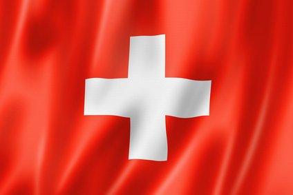 In der Schweiz sind die Preise für Implantate um einiges höher als in Deutschland oder Österreich.