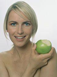 Eine gesunde und ausgewogene Ernährung kann sich sehr positiv auf die Zähne auswirken.