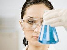 Die Forscher wissen bereits, dass im erwachsenen Kiefer Stammzellen für Zahnnachwuchs vorhanden sind, die ruhen.
