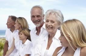 Bei Ihrem Zahnarzt in Berlin können Sie viele zahnästhetische Behandlungen durchführen lassen.