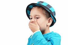 Bei einem Ungleichgewicht der Mundflora kann es zu einer Pilzinfektion im Mund kommen.