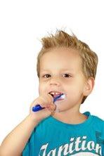 Zuckerhaltiges aus seiner Ernährung fernhalten und auf die Zahnpflege achten.